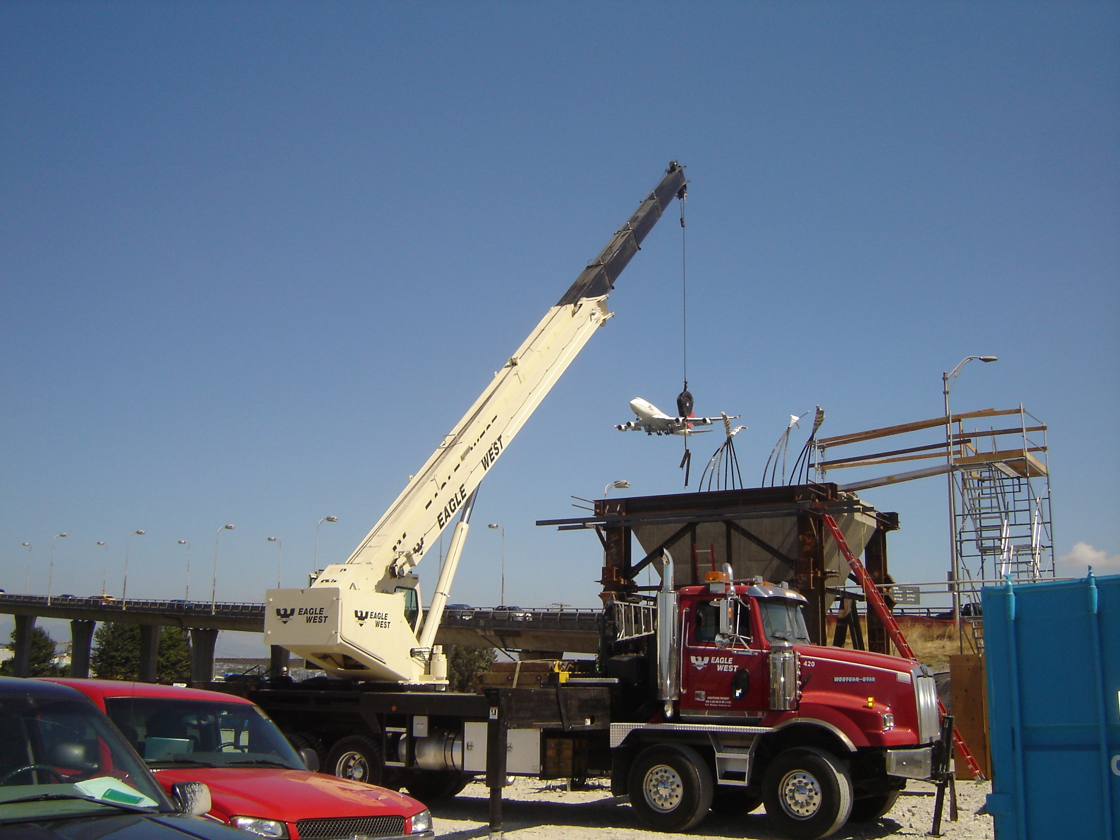 Large Construction Cranes : Are you qualified to handle a mobile crane all things