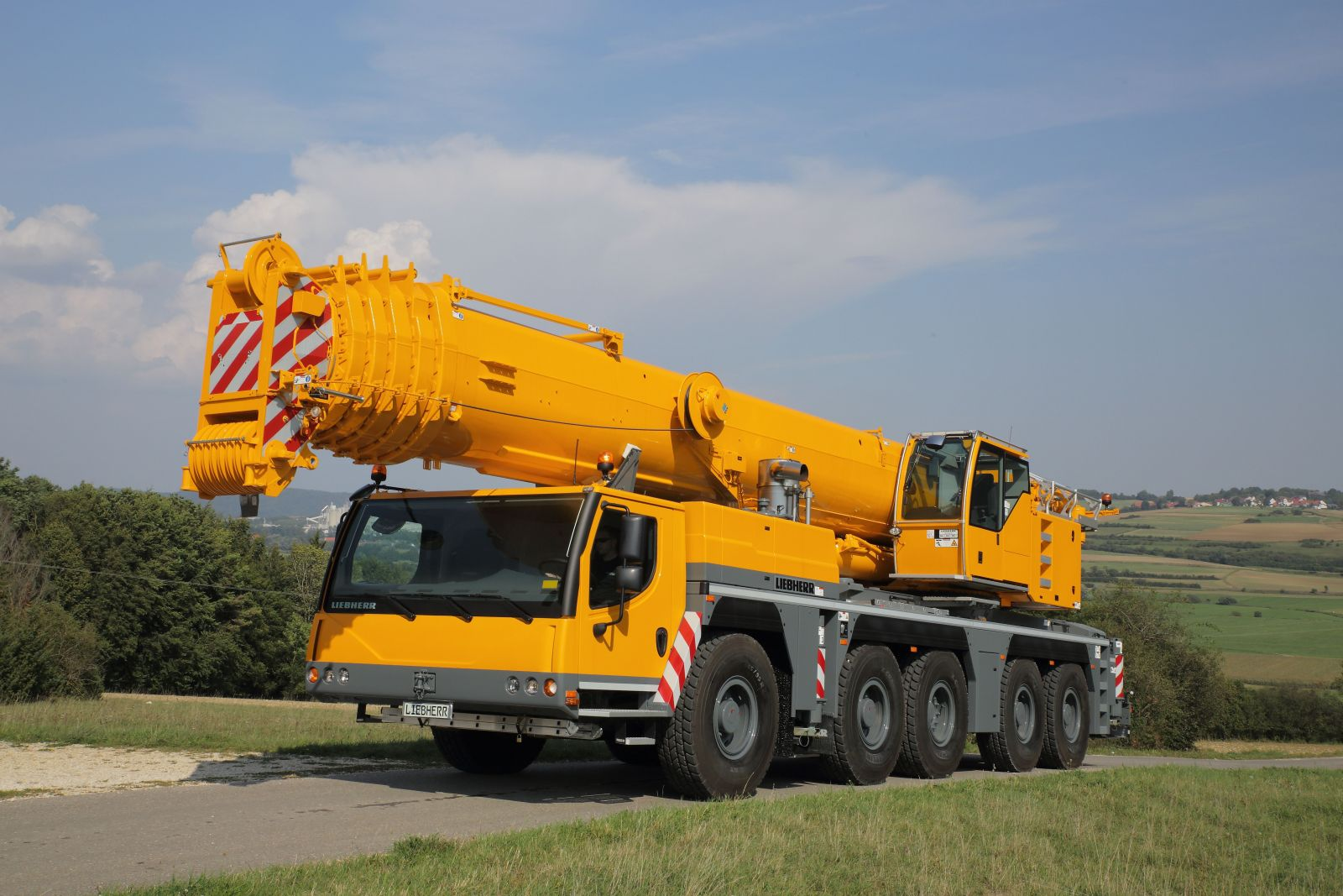 Mobile Crane Axle Loads : Liebherr to supply ltm for crane operator s