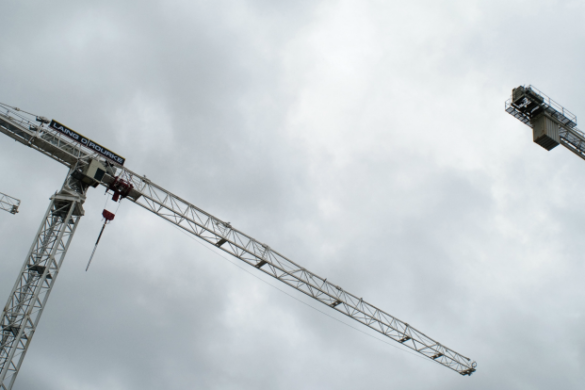 tower-cranes-in-extreme-weather