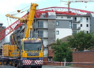 liverpool-crane-collapse-clean-up