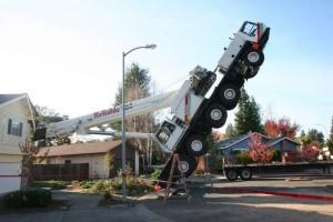 crane-crash-santa-california