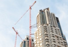 Wolffkran's tie system, seen on an Al-Futtaim Carillion project in Downtown Dubai. The tallest crane topped out at 203m.