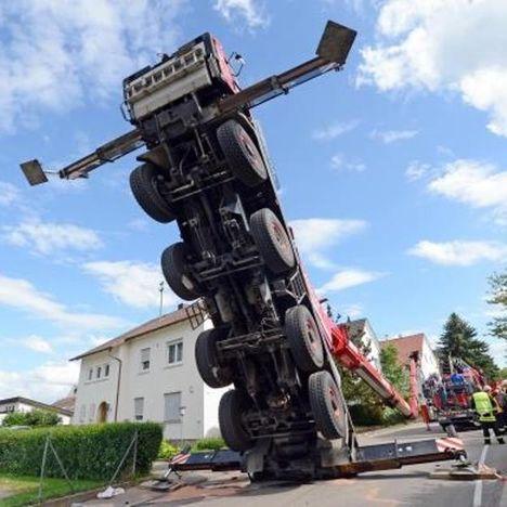 Scholpp crane overturn
