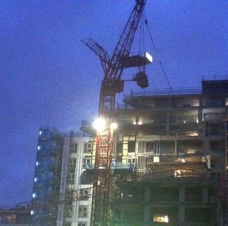 Tower Crane loses Jib