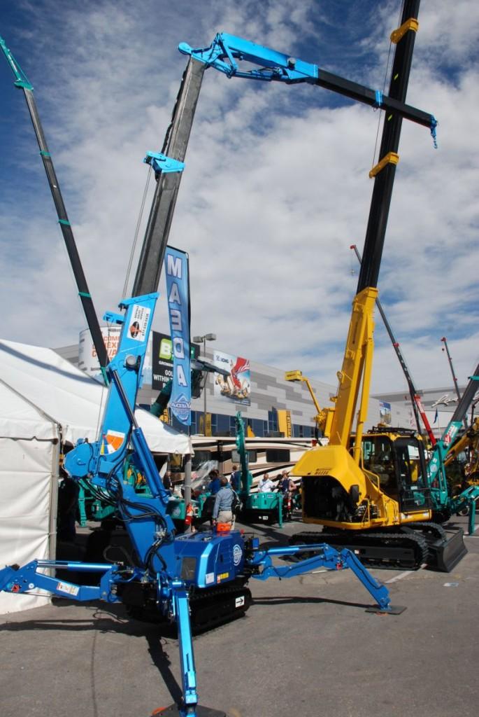 Maeda MK 1033 Mini Crane