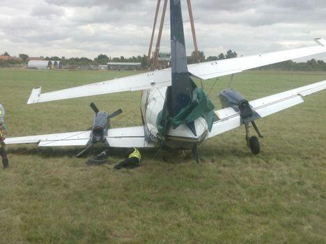 Crane Recovers Plane 3